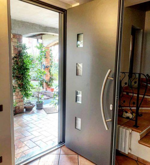 2021-03-FA-Serramenti-Porte-Ingresso-Appartamento-Elegante-Varese